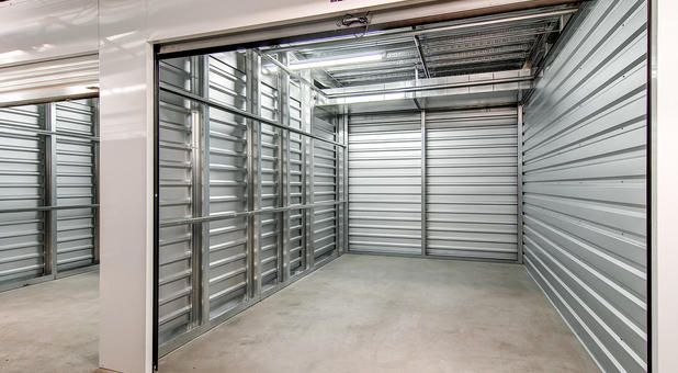 Storage Units Sizes Prices Phoenix Az 85027 85085 Self Storage Phoenix Self Storage Lockers North Phoenix Self Storage Locker Storage Storage Unit Sizes