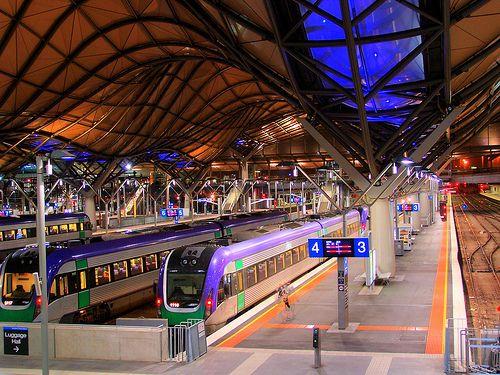 southern cross station melbourne architecture train. Black Bedroom Furniture Sets. Home Design Ideas
