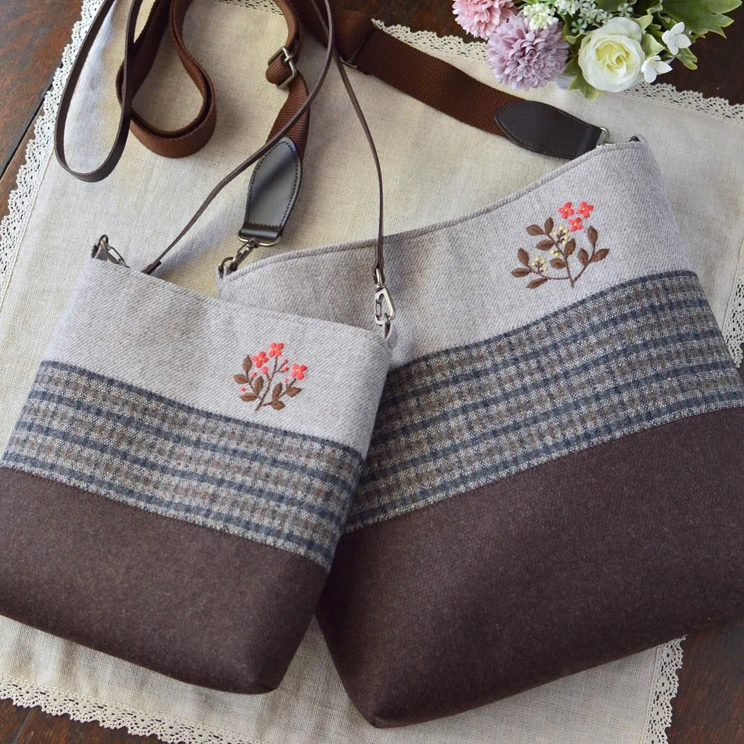 two different sizes it s a chic color winter bag サイズ違いを2つ