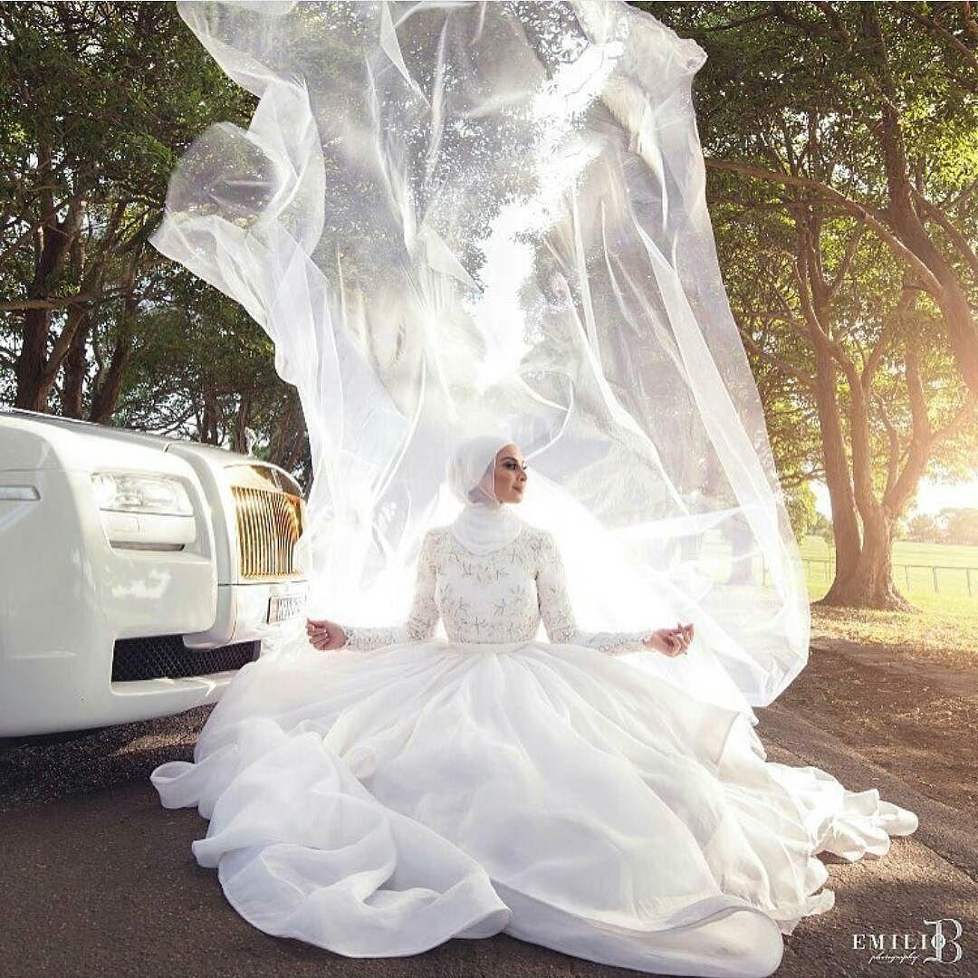 What a shot emiliobphotography bride wedding weddingdress