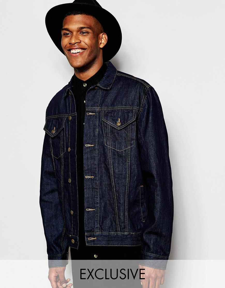 """Denim jacket by Reclaimed Vintage Medium-weight denim Point collar Button placket Twin chest pockets Buttoned cuffs and hem Oversized fit - falls generously over the body Machine wash 100% Cotton Our model wears a size Medium and is 188cm/6'2"""" tall Products vary due to reclaimed nature Exclusive to ASOS"""