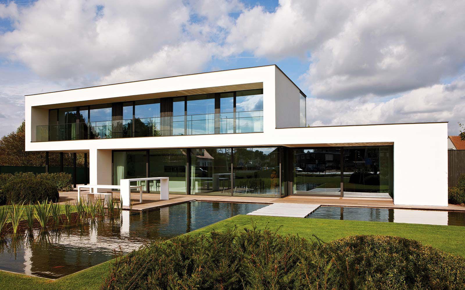 Strak modern dumobil ruimtegevoel contemporary architecture