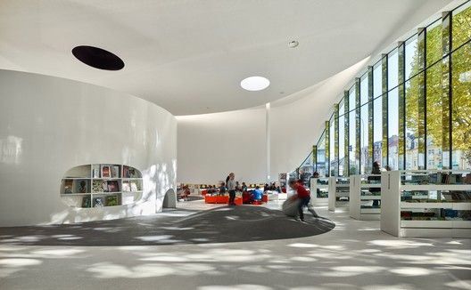 Media Library [Third-Place] in Thionville,© Eugeni Pons