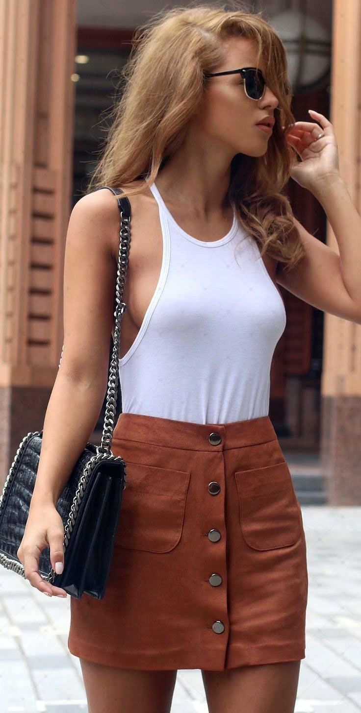 92c10e5347 Rust Button Suede Skirt Outfit Idea