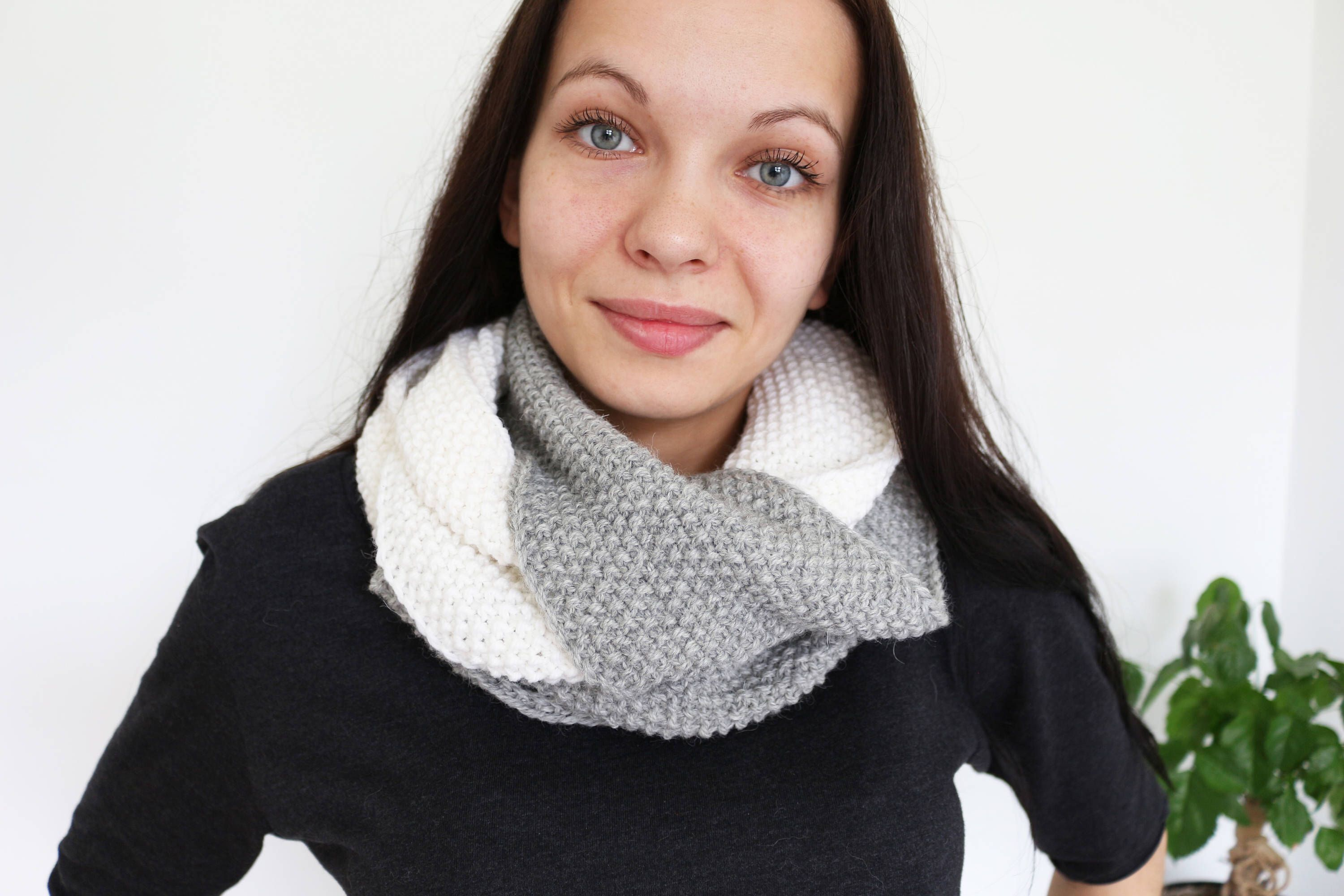 Knitting Loop Scarf : Infinity scarf chunky loop gray knitted