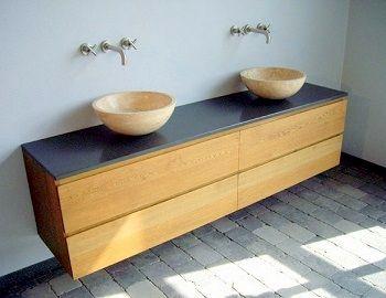zwevend eiken badkamermeubel met 4 laden