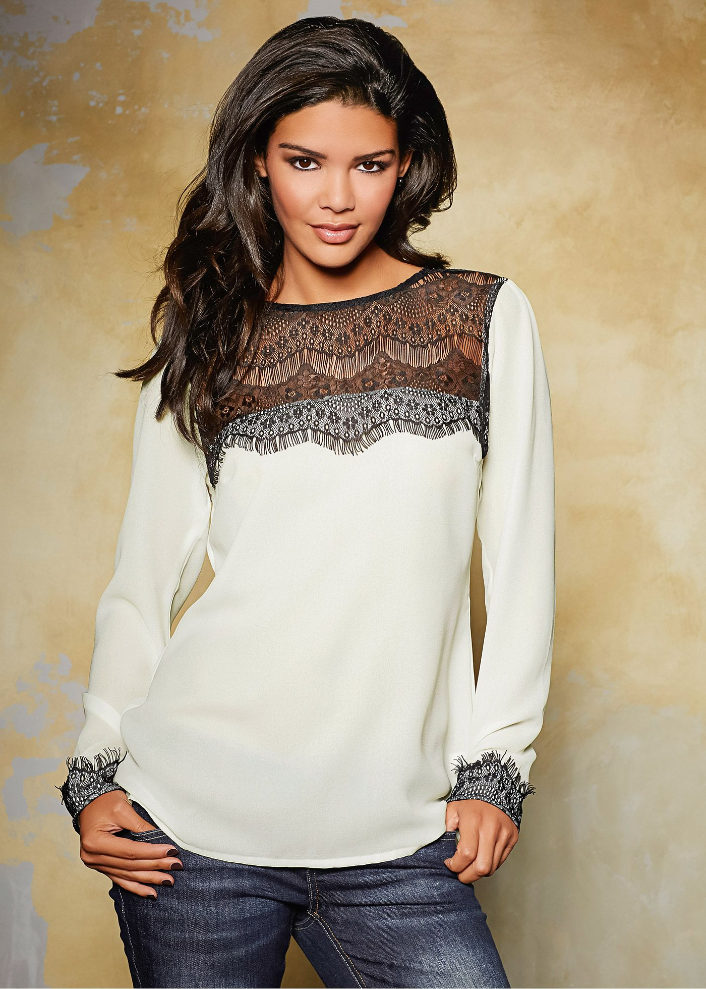 Blusa branco/preto encomendar agora na loja on-line bonprix.de  R$ 89,90 a partir de Linda blusa manga longa. Indispensável em seu guarda-roupa! Seguir as ...
