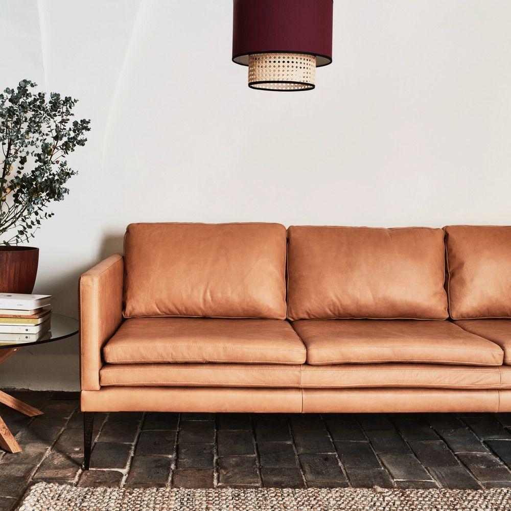 Lignes Pures Formellement Inspire Du Design Italien Des Annees 70 Ce Canape Fixe En Cuir Au Design Epure Est Une Re Interpr En 2020 Canape Cuir Canape 3 Places Canape
