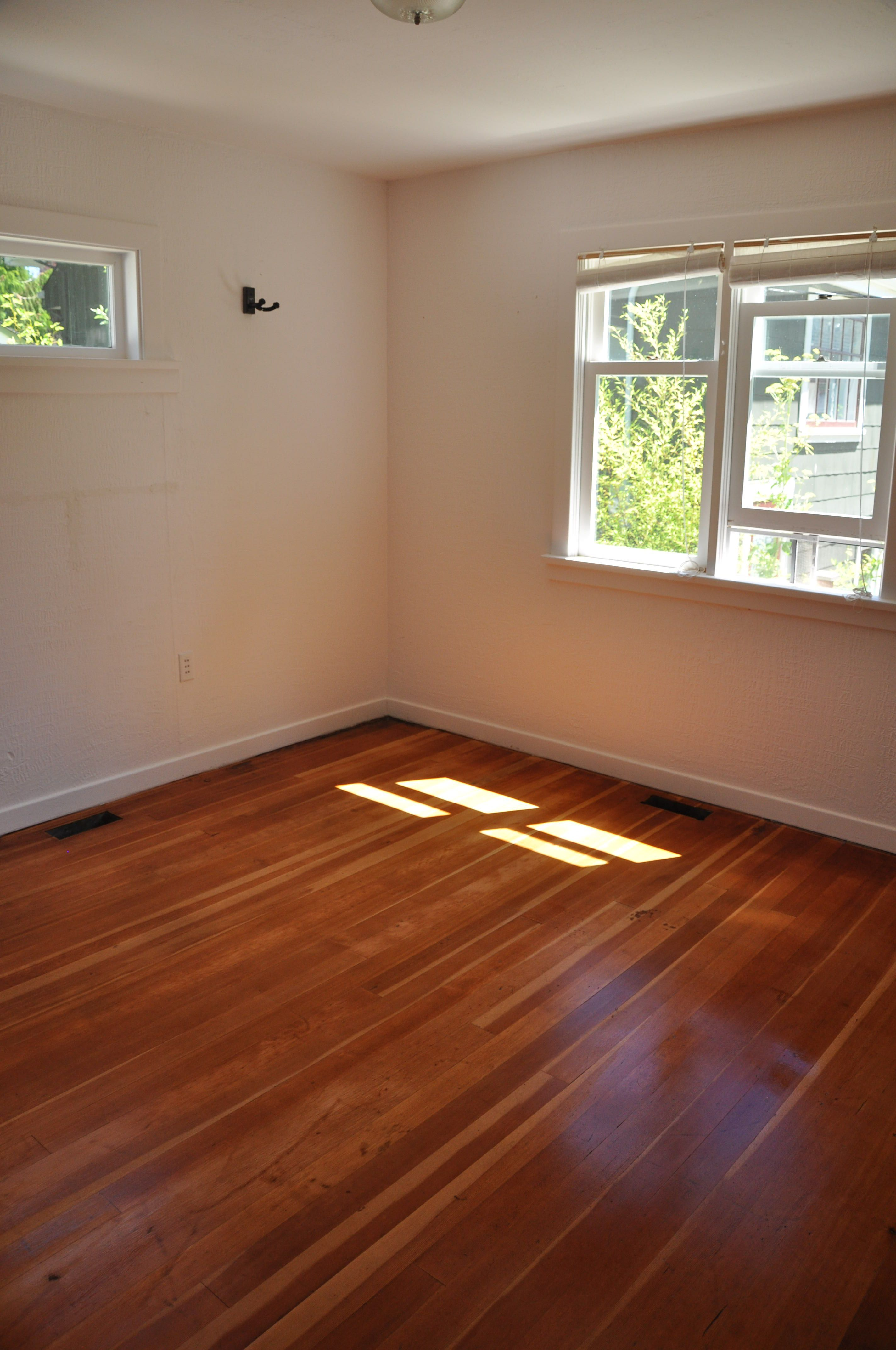 Refinishing The Fir Floors In L Espace D Art Et Musique Flooring Refinished New Homes