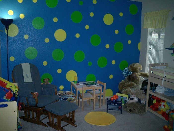 Circle Wall Painting Would Be Easy To Do Polka Dots With A Lid Or Paper