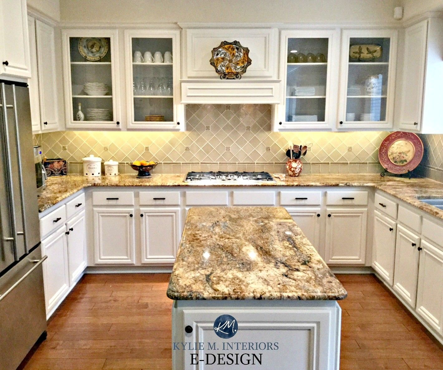 Kitchen Cabinets Color Combination Wood Floor In 2020 Maple Kitchen Cabinets Kitchen Remodel Countertops New Kitchen Cabinets