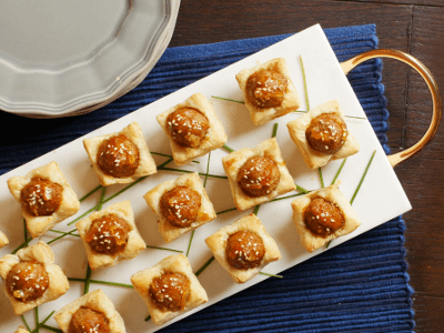 Impress your family and friends with our Sweet and Spicy Meatball Tartlets recipe. Featuring our Korean BBQ Meatballs, every bite is packed with flavor.