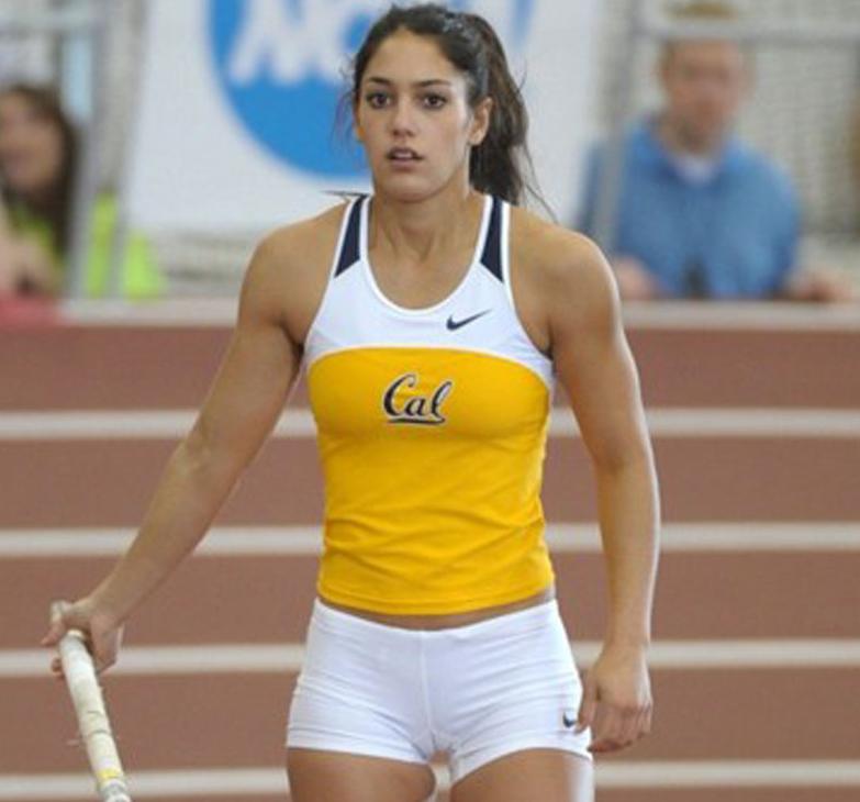 Allison Stokke With Images Female Athletes Women Sport Girl