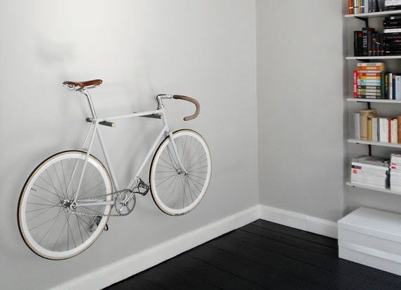 Simple Minimal Wood Peg Bike Storage Rack Suspension Velo