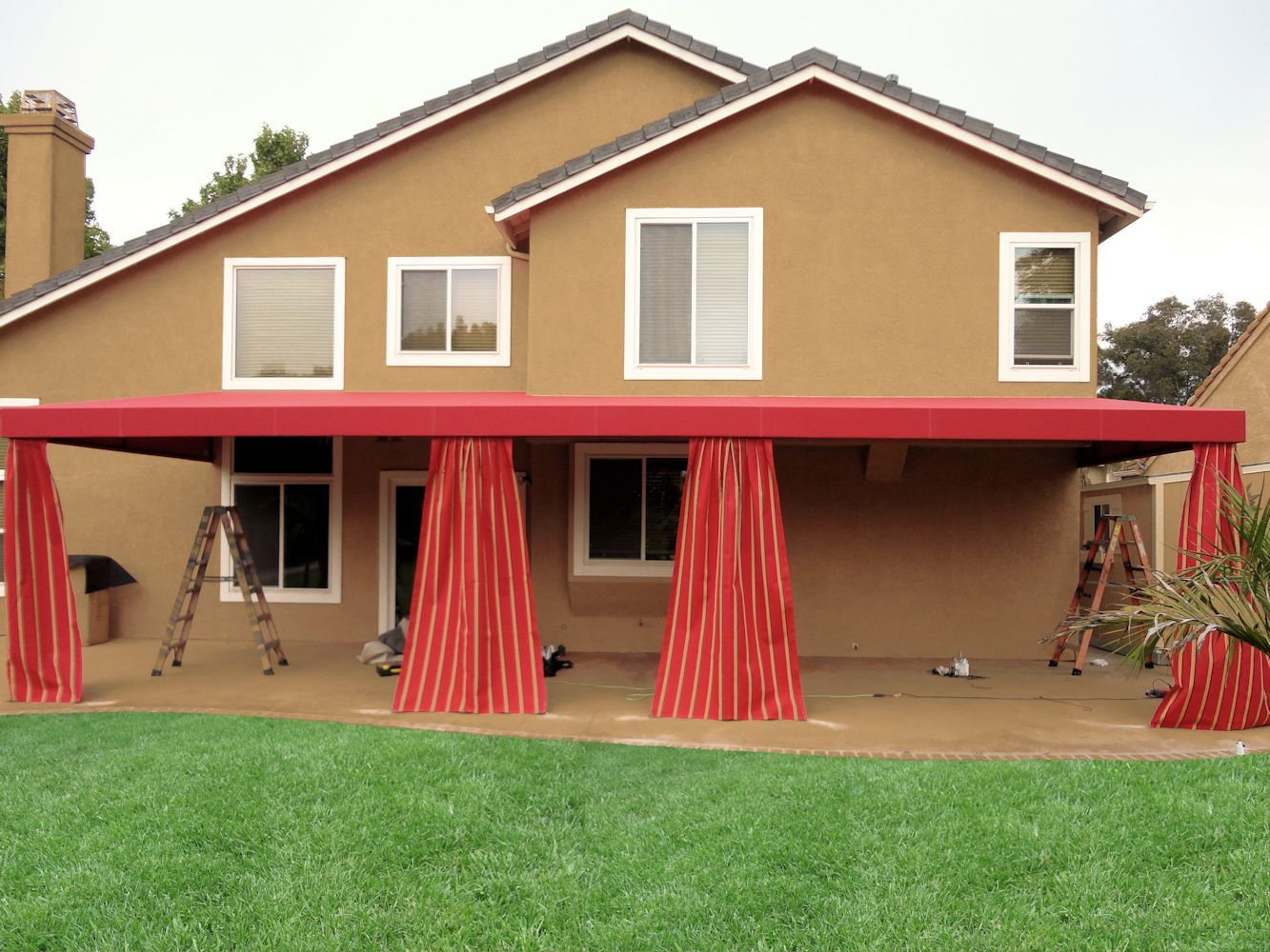Patio Cover With Decorative Drapes