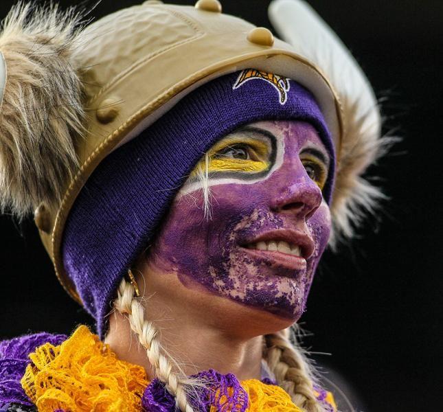 Nfl S Craziest Fans Ult Imate Fans Crazy Fans Minnesota Vikings
