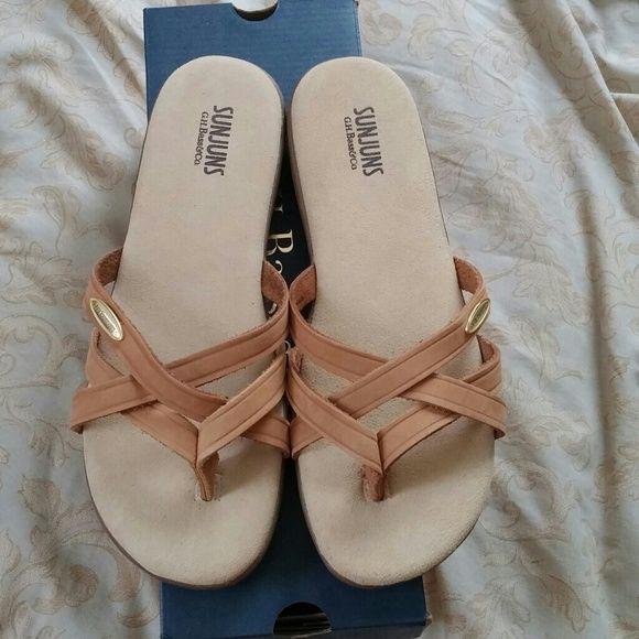 f750b13fb6ef SHARON SUNJUNS SANDALS Tan Flip Flop Sandals. Never Worn Bass Shoes Sandals
