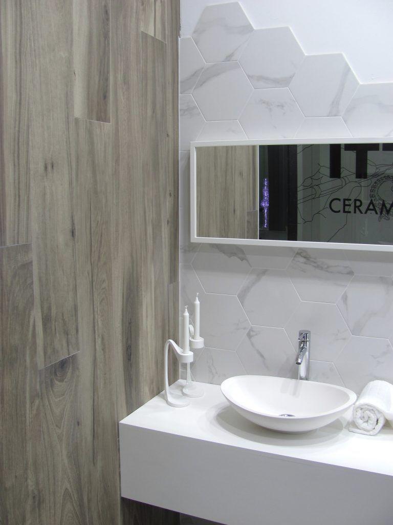 Plytki Heksagonalne Carrara 31x27 Polysk Tile Bathroom Carrara Bathroom Mirror
