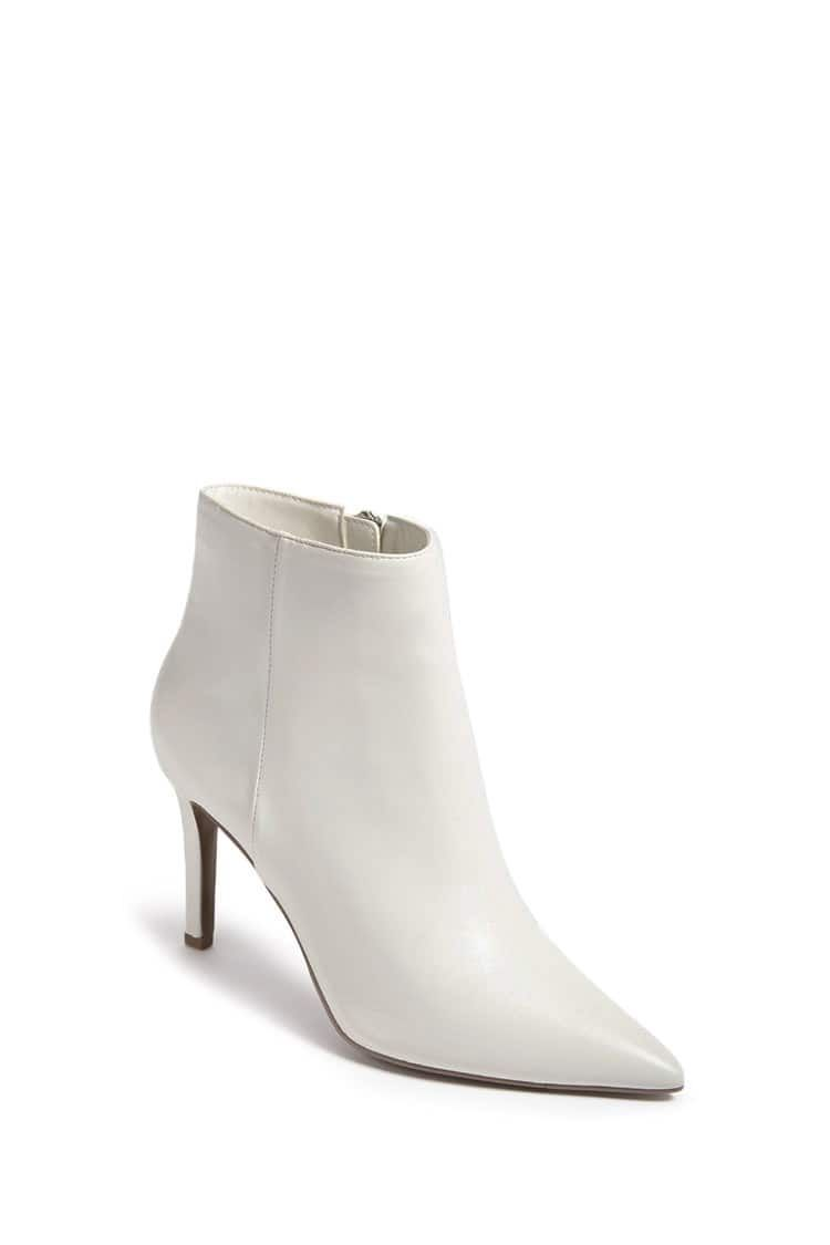 Product Name:Pointed Faux Leather Ankle
