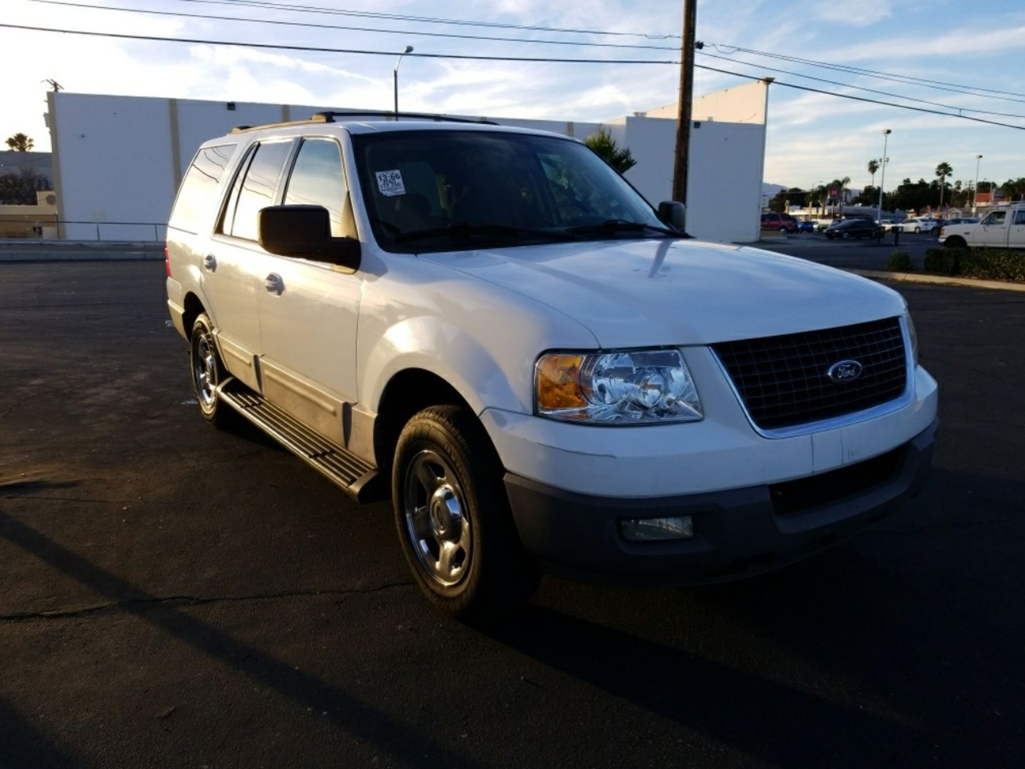 All Vehicles Include A 30 Day 1000 Mile Warranty Upgrades Available Upon Customer S Request Silver Star Ford Expedition For Sale Car Dealership Silver Stars
