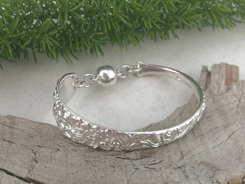 One of a kind Piece Unique Handmade Silver Bracelet Special Handcrafted Silver Bracelet with Curve Along With It