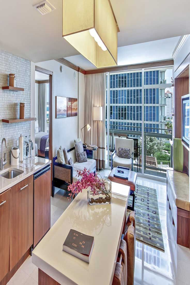 Hotels In Miami With Kitchen Faucet For A Suite Personal Living Room And Area Carillon Beach Florida