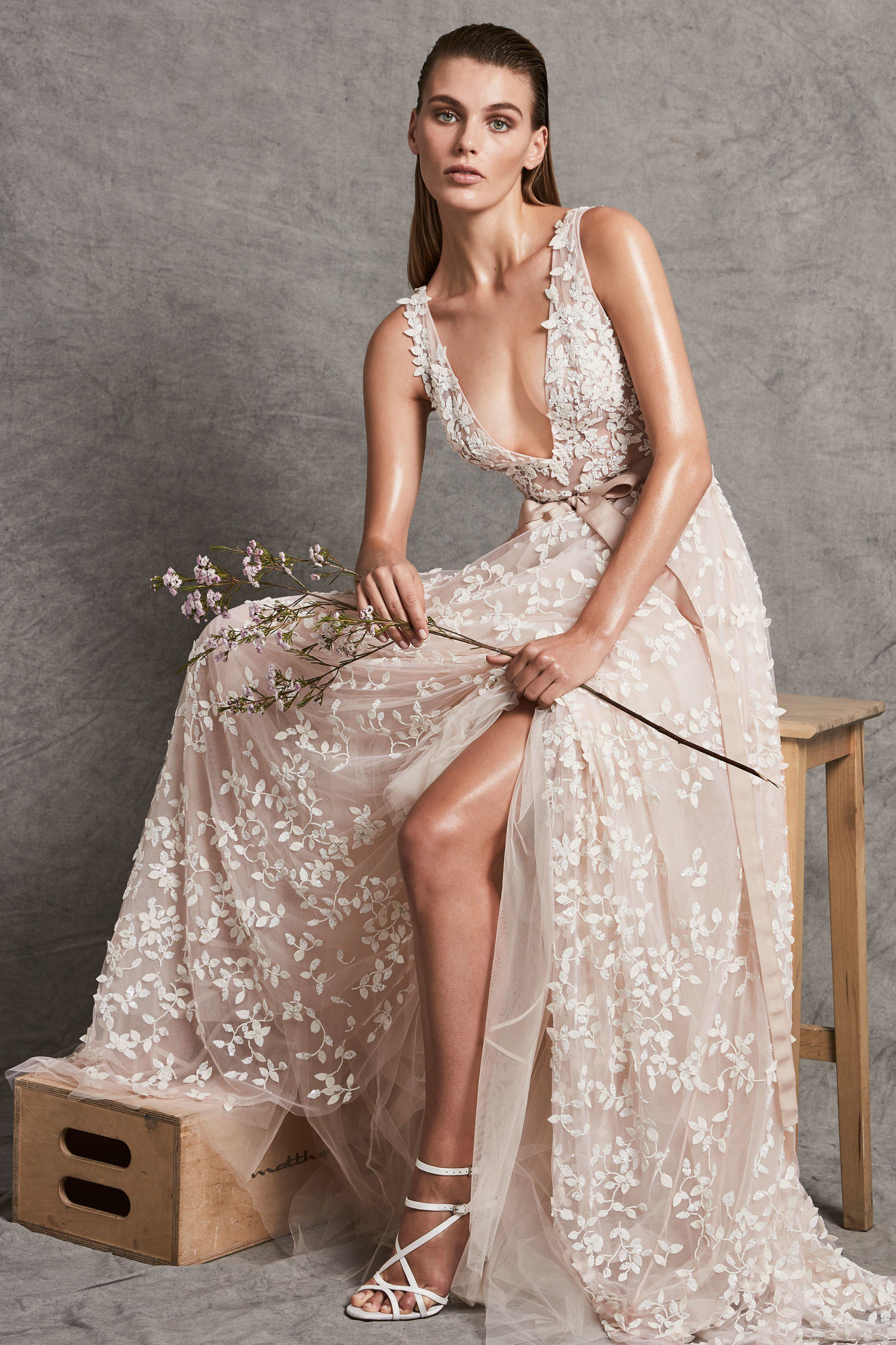 Zuhair murad bridal fall fashion show collection wedding