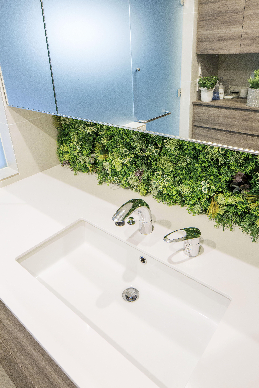 外壁緑化の人気から室内の壁面にもグリーンを取り入れるニーズが高まっ