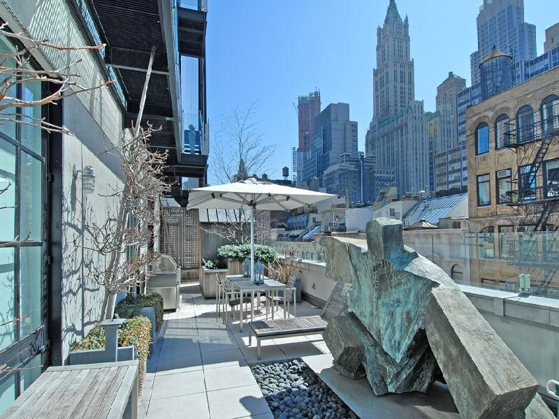 A townhouse in the sky in tribeca rooftop terrace for Tribeca townhouse for sale