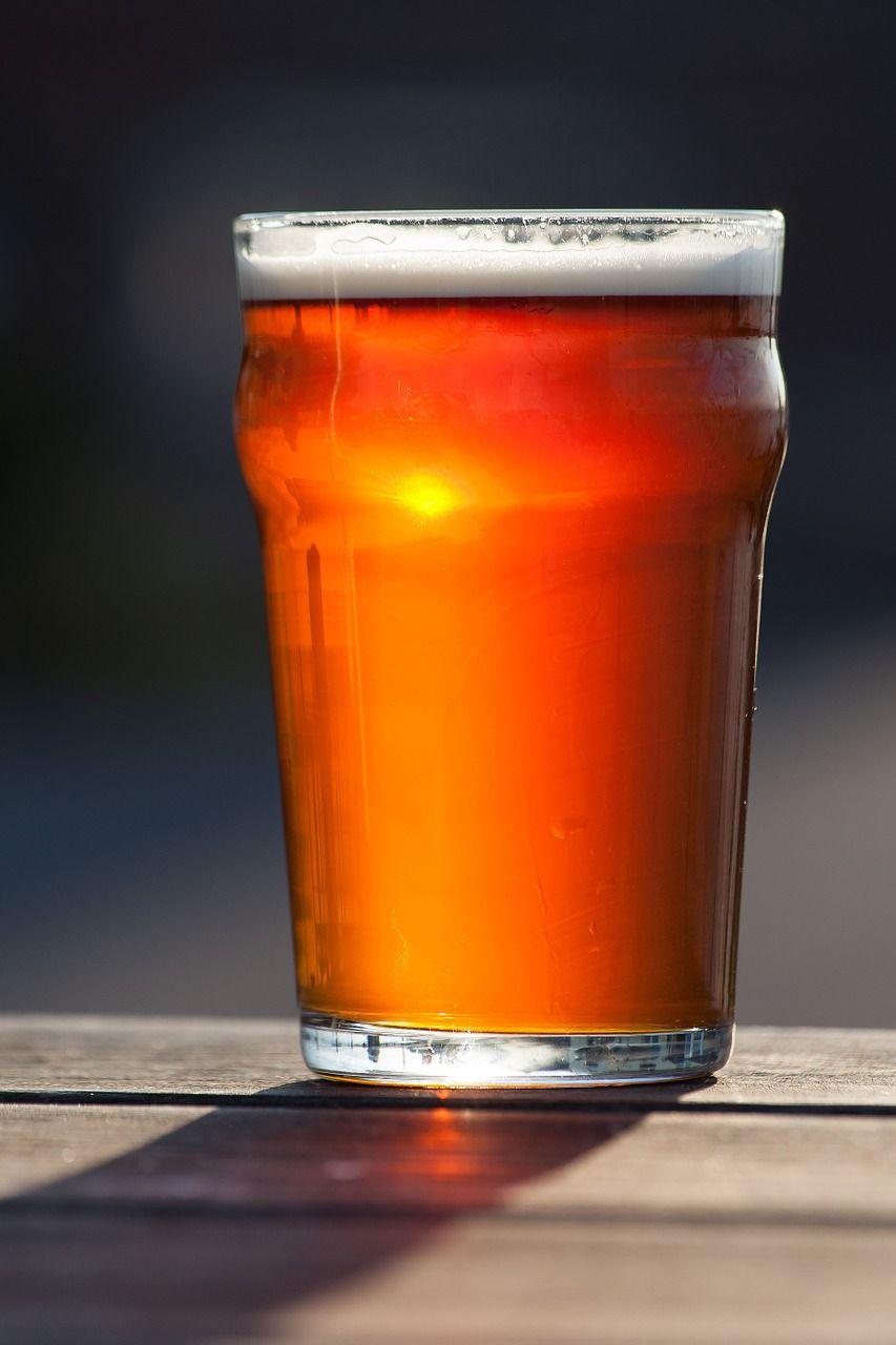Il Consumo Di Birra Ancora Il Calo Ecco I Dati Presentati Da Assobirra Vini Di Sardegna E Cantine Gifts For Beer Lovers Beer Beer Brewing