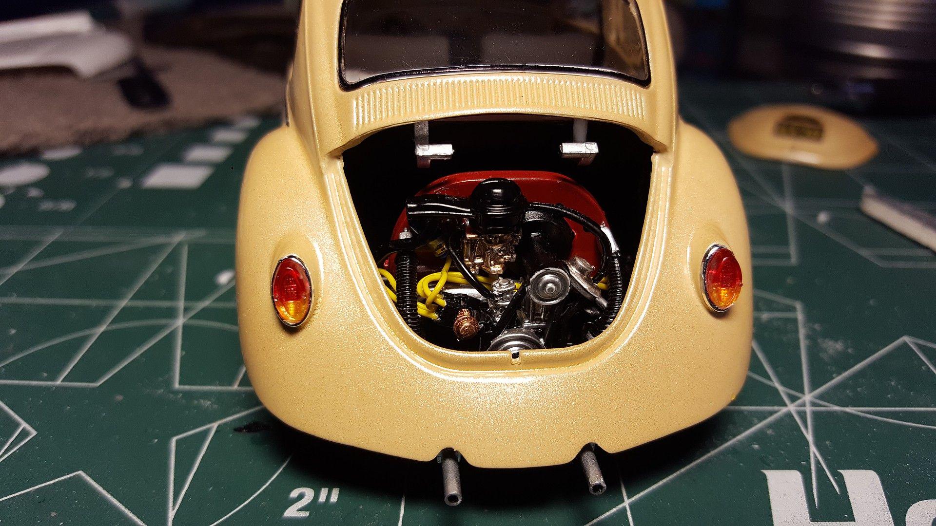 Gallery 1968 VW Beetle Type 1 Plastic Model Car Kit