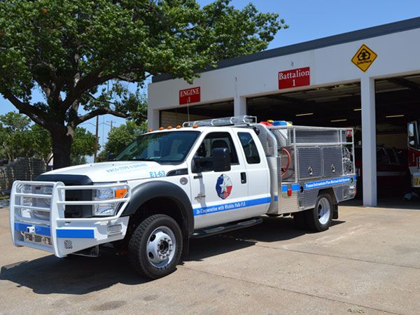 Wichita Falls Fire Department welcomes new engine - KSWO