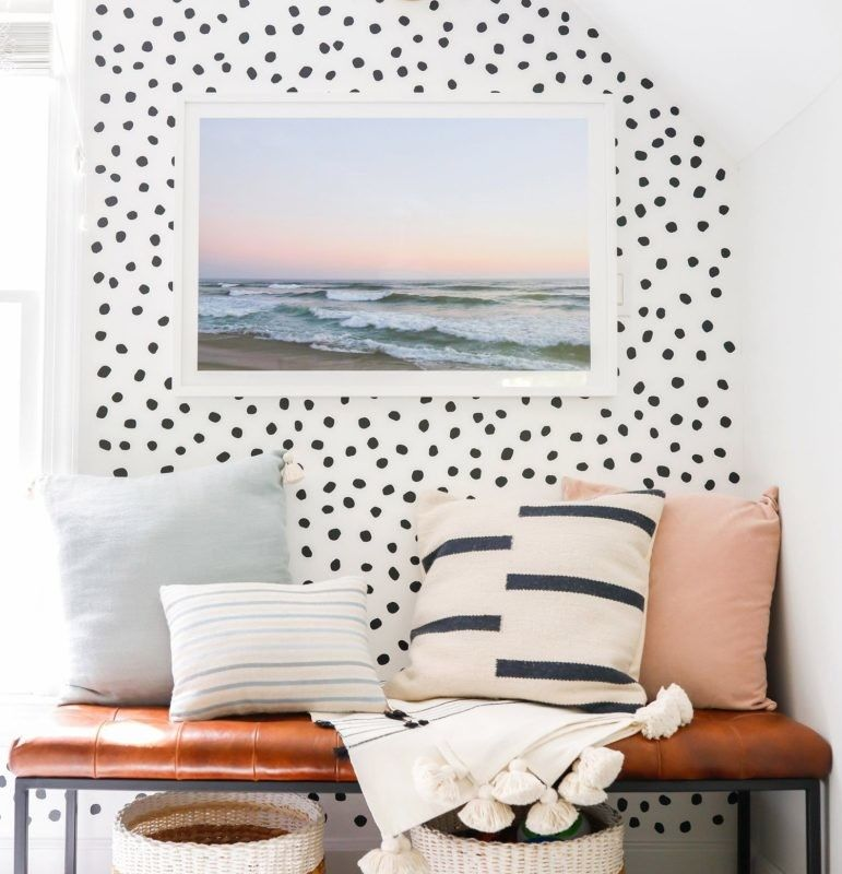 Accent Wall Living Room Faux Suede Paint: Who Doesn't Love A Good Accent?