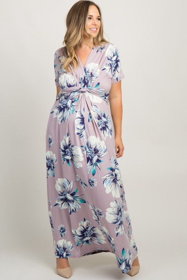 8a973b96248c5 Lavender Floral Knotted Maternity Plus Size Maxi Dress - A floral maternity  plus size maxi dress featuring short sleeves, a knotted front detail and a  ...