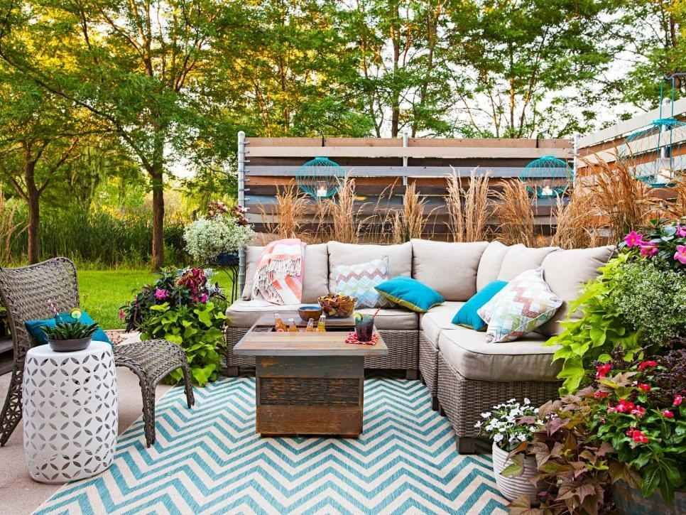 11 Backyard Renovations That Will Make You Want To Buy The House Outdoor Patio Designs Patio Design Shabby Chic Patio