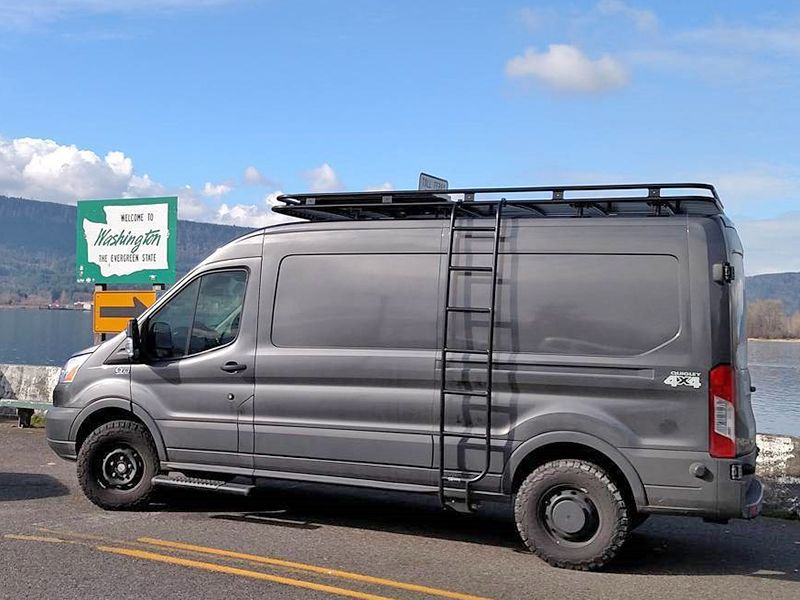 Aluminess Ford Transit Roof Rack
