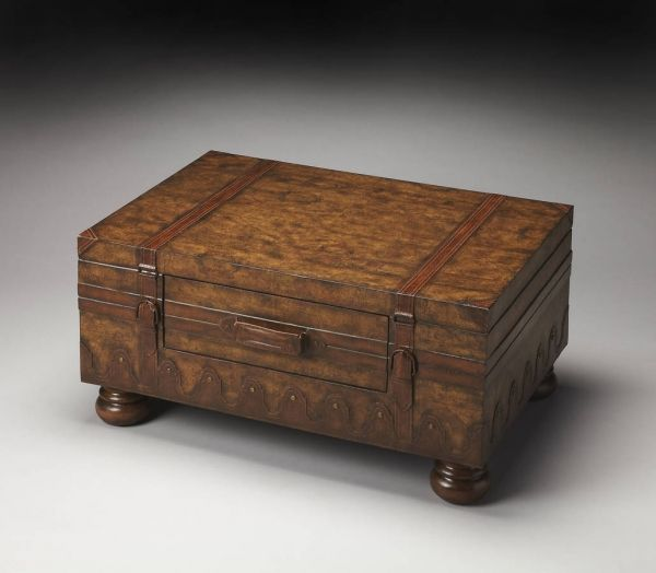 Heritage vasco traditional light brown old world map trunk table heritage vasco traditional light brown old world map trunk table gumiabroncs