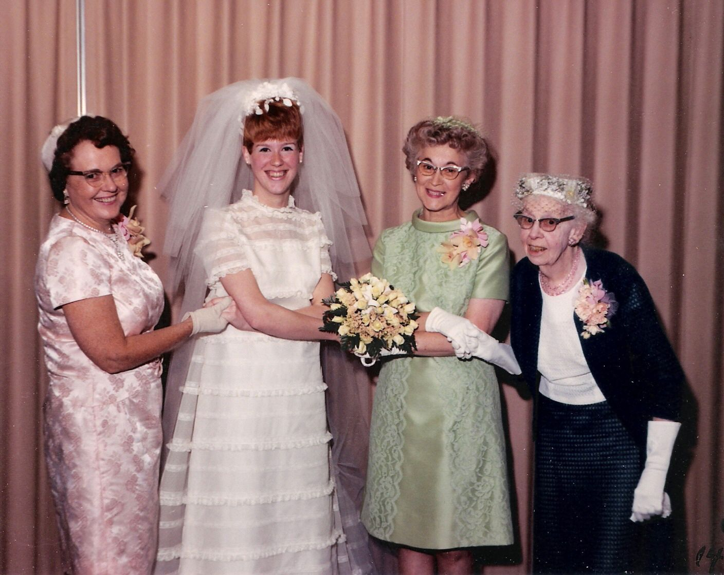 Real Retro Weddings: 1969 Wedding Snapshot. Bride And Family, 60s