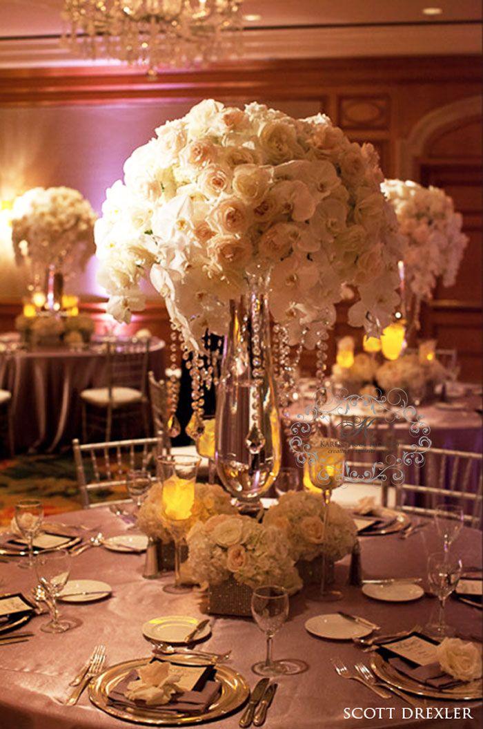 Pin By Daniela Iezza On Wedding Ideas Flower Centerpieces Wedding White Wedding Flowers Wedding Centerpieces
