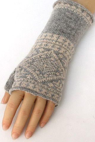 Gray Print Fingerless Gloves