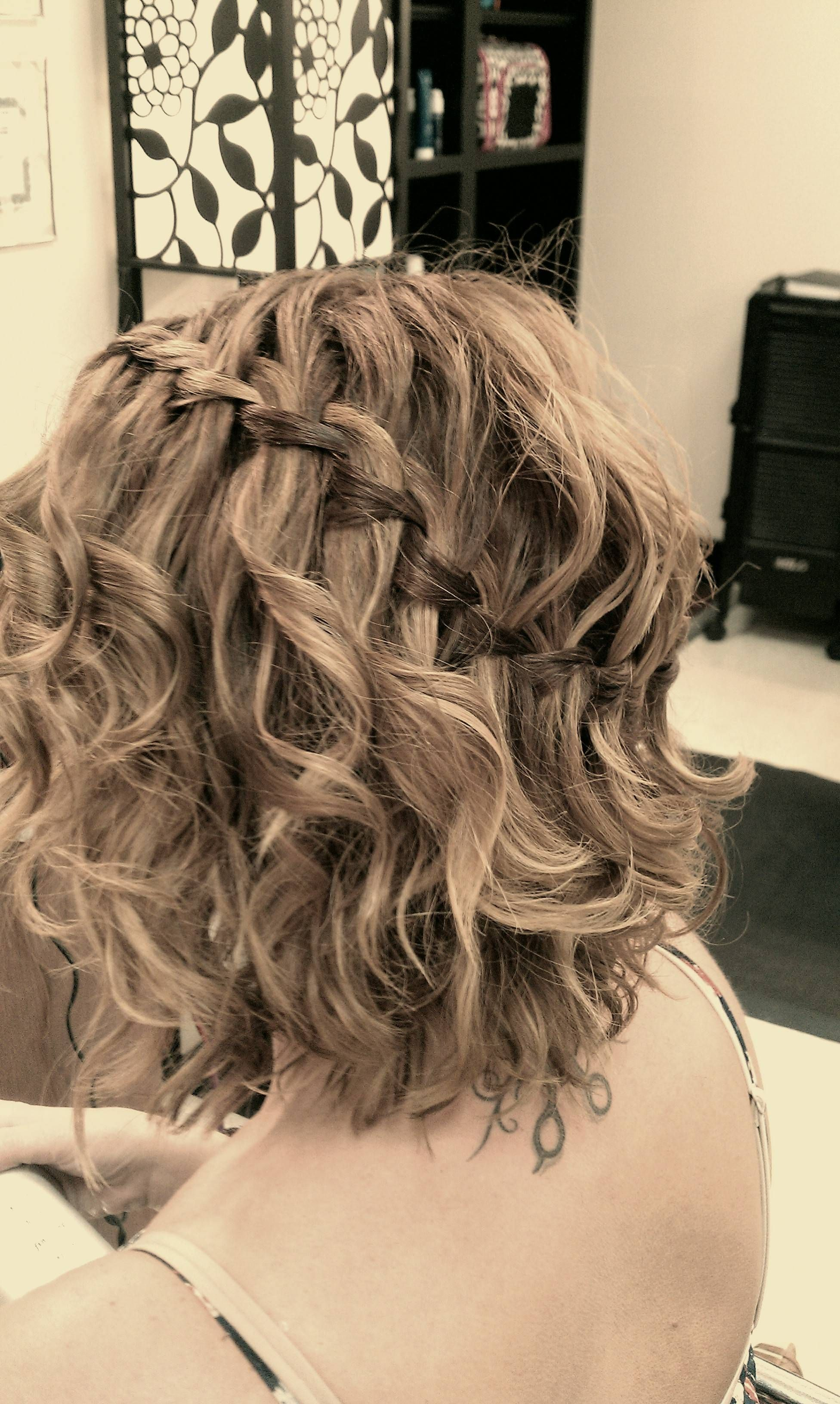 Waterfall Braid Short Hair Soooo Want To Try This With My Hair Scrunched Short Wedding Hair Cute Hairstyles For Short Hair Curly Braided Hairstyles