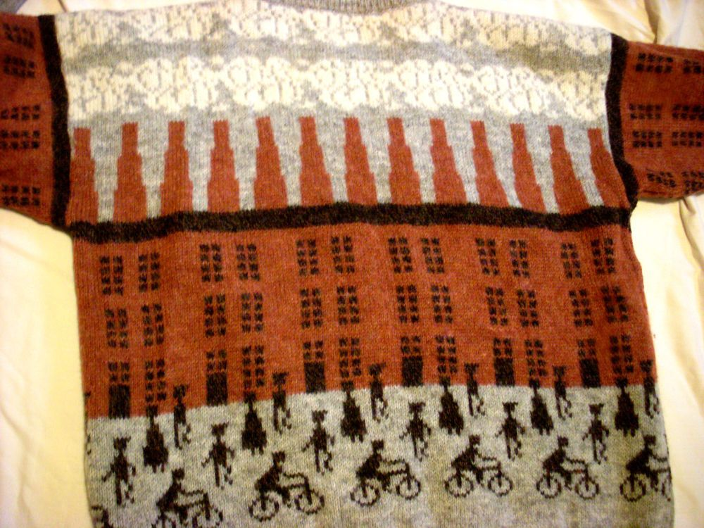 VTG 70s 80s CAT BICYCLE knit WOOL LOWRY JUMPER UNUSUAL QUIRKY designer