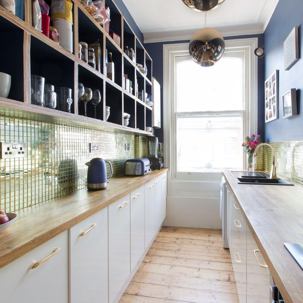 Modern kitchen with gold splashback tiles Kitchen Pinterest