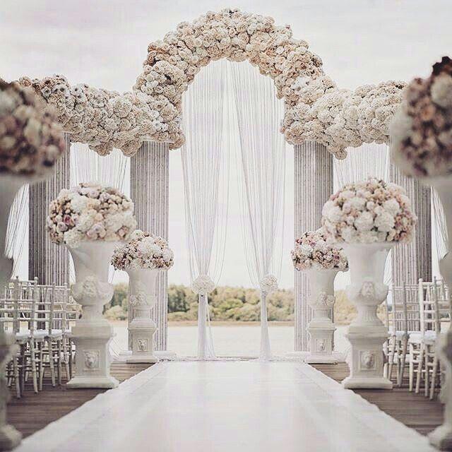Pin By Veeshare On Dream Weddings Wedding Decorations Wedding Decor Elegant Wedding Arch