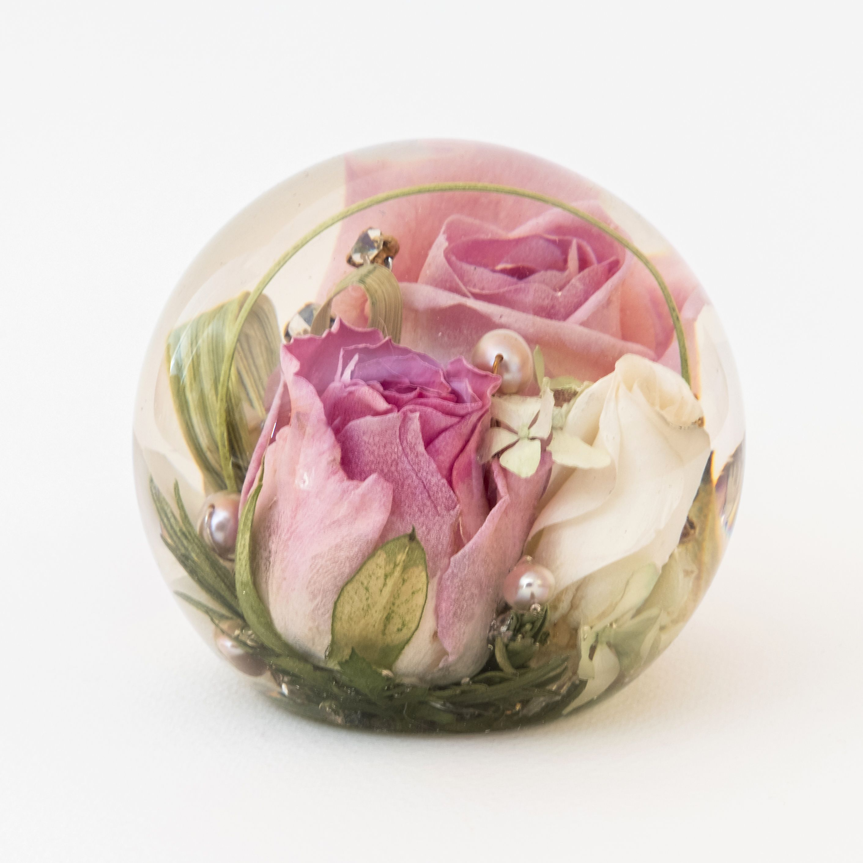 10 Creative Ways to Preserve Your Wedding Flowers How to