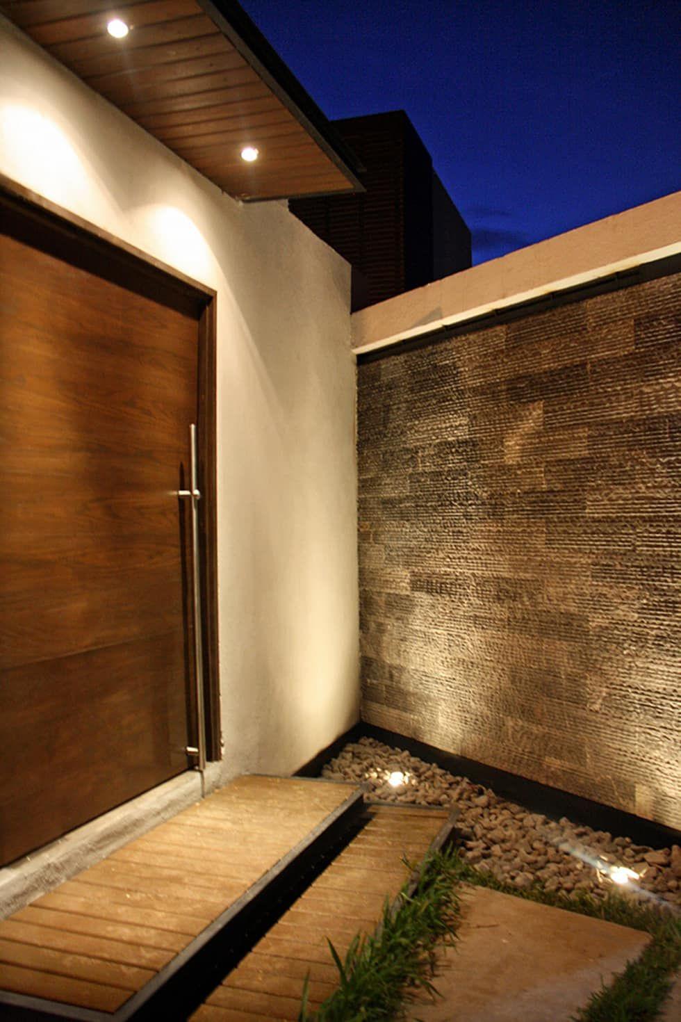 Muro llor n casas de estilo por narda davila arquitectura - Decoraciones de casas modernas ...