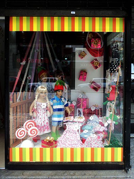 Decoracin de navidad para local de ropa infantil