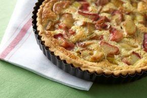 Découvrez cette recette de Tarte à la rhubarbe expliquée par nos chefs