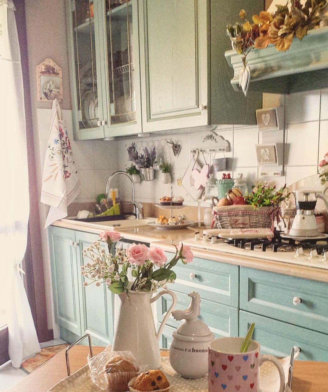 Shabby Chic Kuche Von Bettina Semrau Auf Kitchen Kuchen Inspiration Kuche