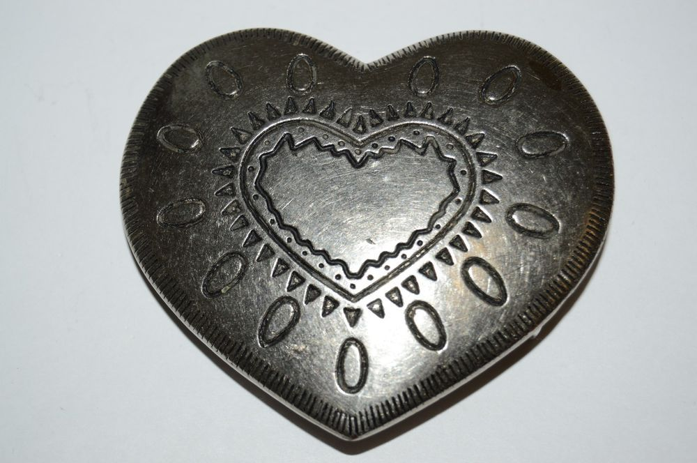 Heart Belt Buckle Beautiful Vintage Heart Shaped Ornate Art Metal Belt Buckle  #Unbranded